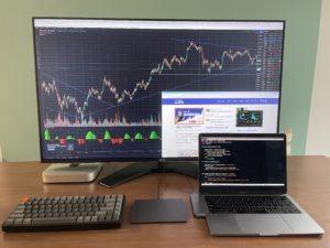 我的量化交易工作環境之 D43-720 4K 桌上型護眼大型螢幕